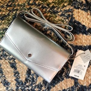 🌈FREE❤️BOGO SALE! A New Day Silver Crossbody